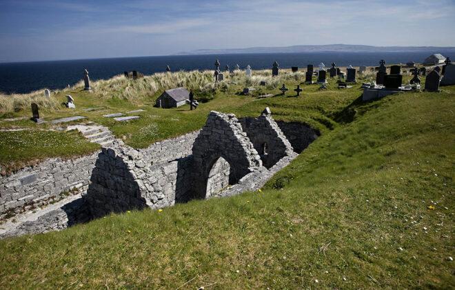 Saint Caomhan's Church Inis Oírr