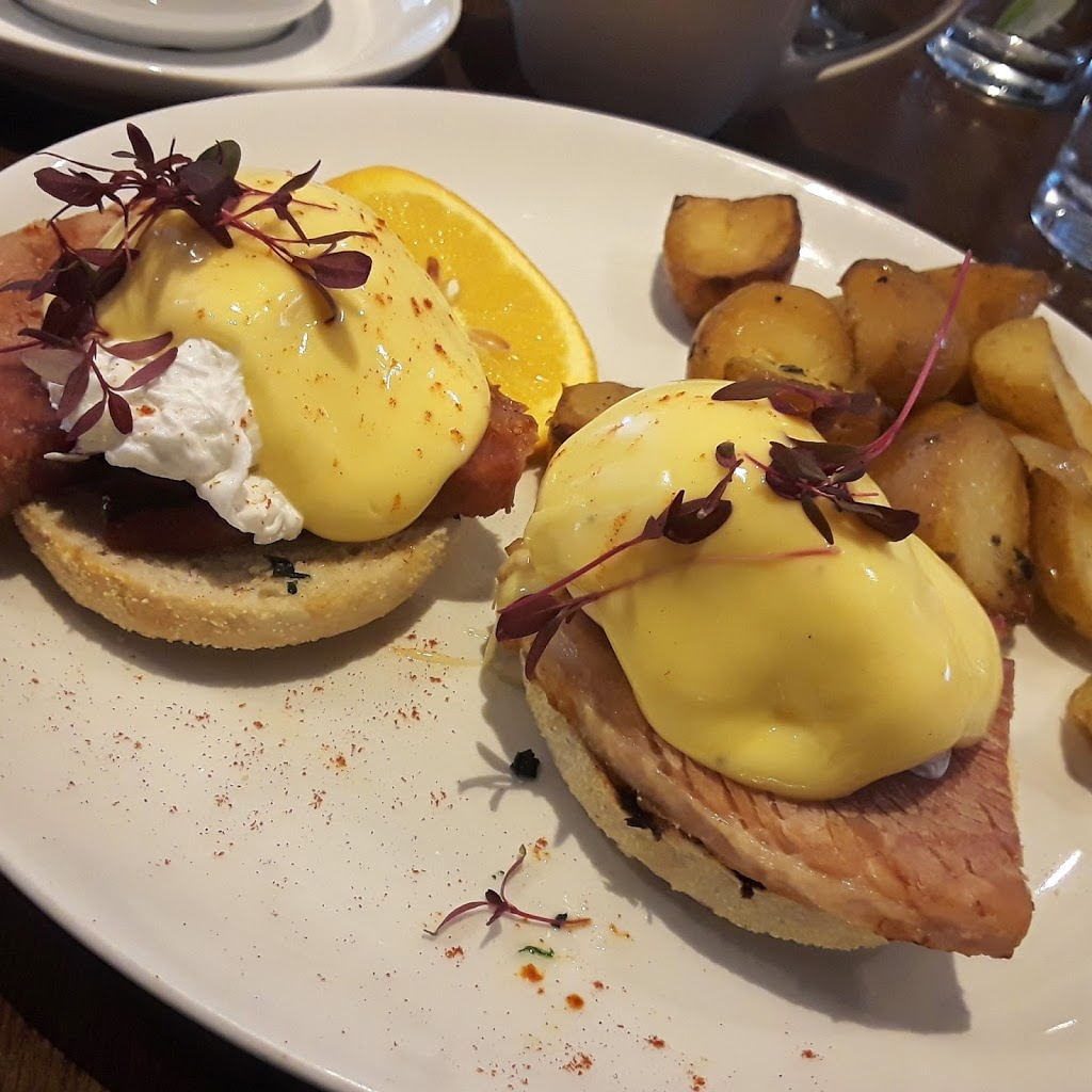 Eggs Benedict on a proper muffin.